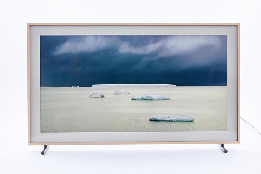David Burdeny 作 , <Five Icebergs_Weddell Sea, Antarctica>