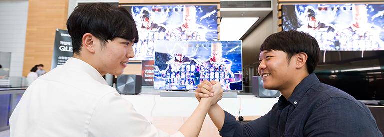 QLED TV로 다이나믹하게! 삼성전자 최고의 '철권 왕'은 누구?
