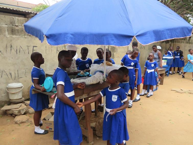 학교가 가장 큰 놀이터인 학생들의 모습