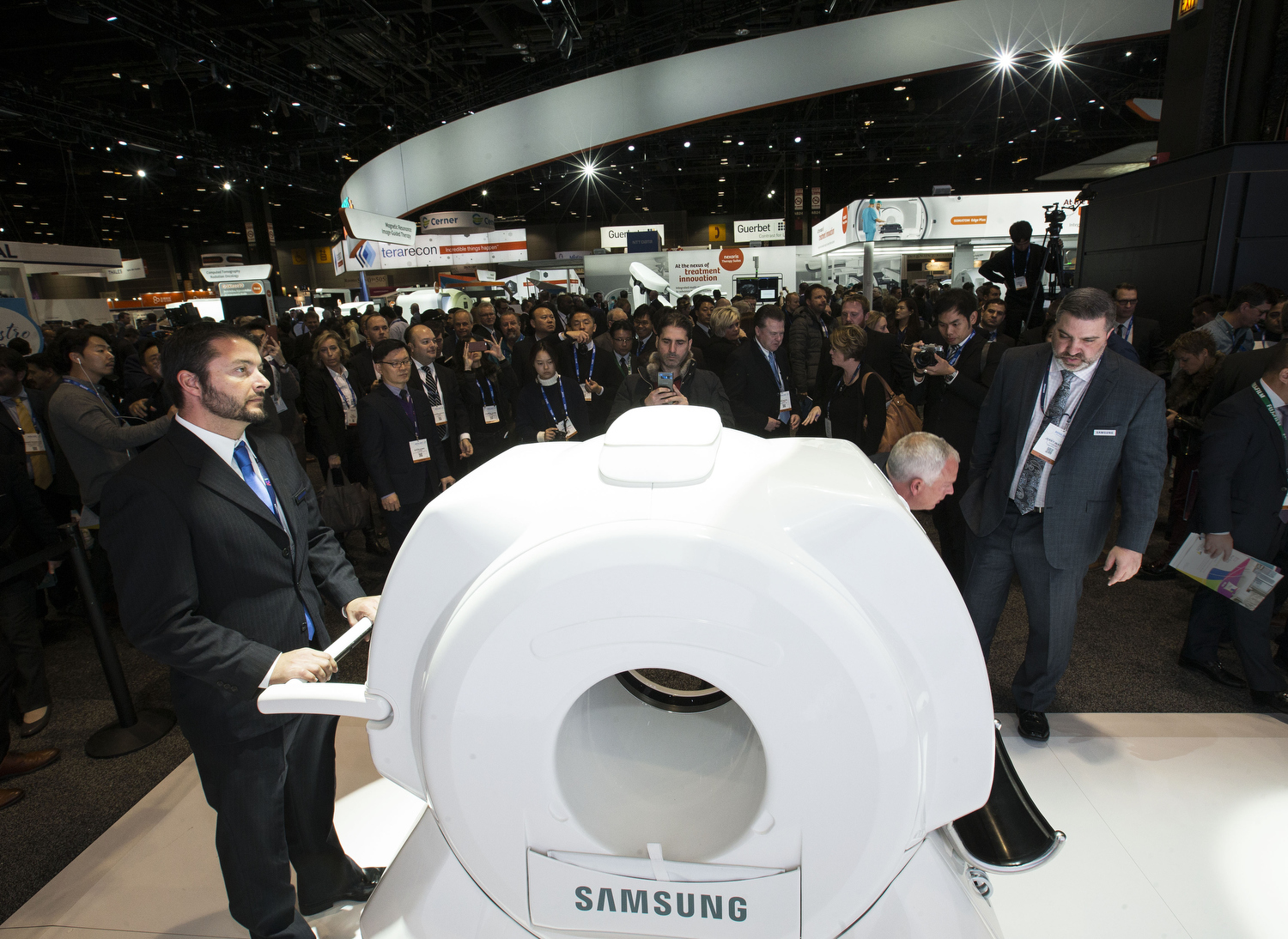 at the RSNA at McCormick Place on Sunday, November 26, 2017 in Chicago. Photo by John Konstantaras for Samsung Medison<br /> http://JohnKonPhoto.com