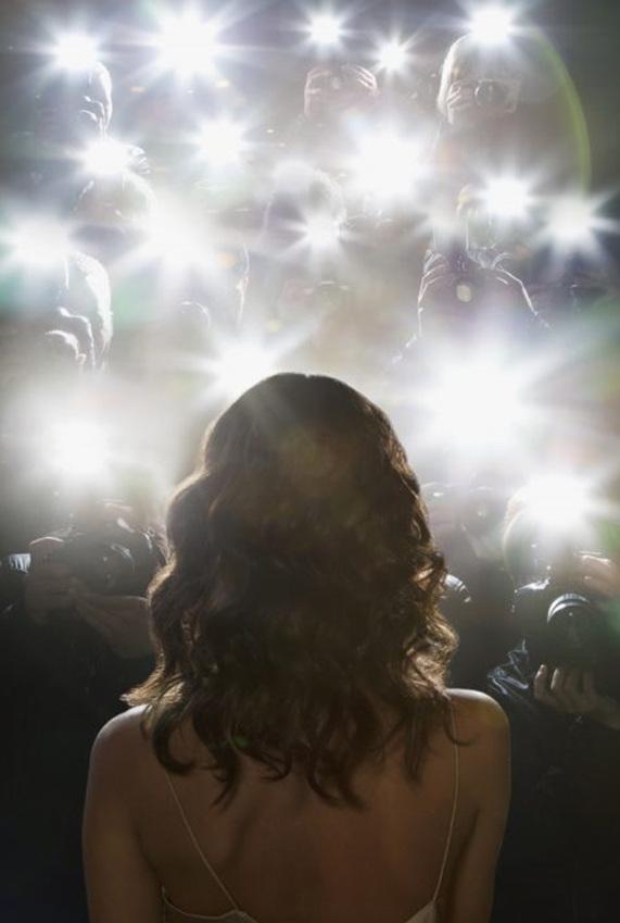 세계에서 가장 높은 출연료를 받는 '리얼리티 쇼' 스타는 '킴 카다시안(Kim Kardashian)'이다