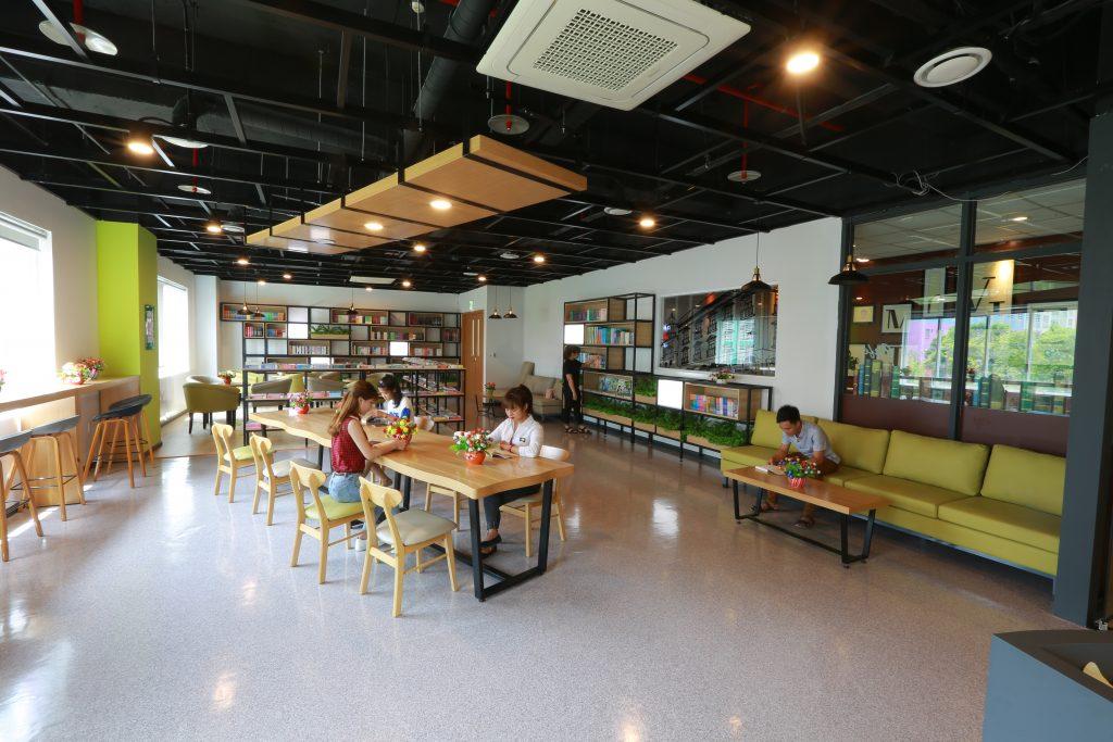 ▲타이응우옌삼성 기숙사 도서관