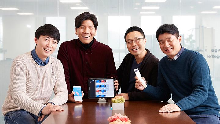 ▲고브레스 탄생의 주역 '숨쉬고' 팀원들. (왼쪽부터)이인표∙송창호씨, 김남훈 CL, 윤기상씨