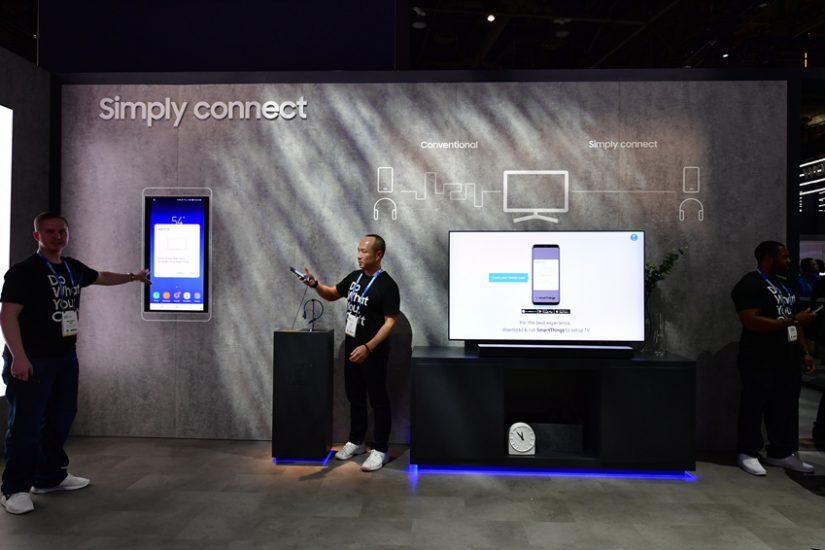 ▲누구나 쉽고 빠르게 설정을 세팅할 수 있는 삼성 TV.  밖에서 모바일 기기로 보던 유튜브 콘텐츠는 귀가 후 TV에서 이어서 볼 수 있다