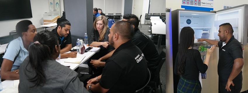 ▲트레이닝 레슨은 판매 담당 직원을 위한 교육 프로그램이다. 오른쪽 사진은 리테일숍 판매 직원 아리엘씨가 고객을 응대하는 모습