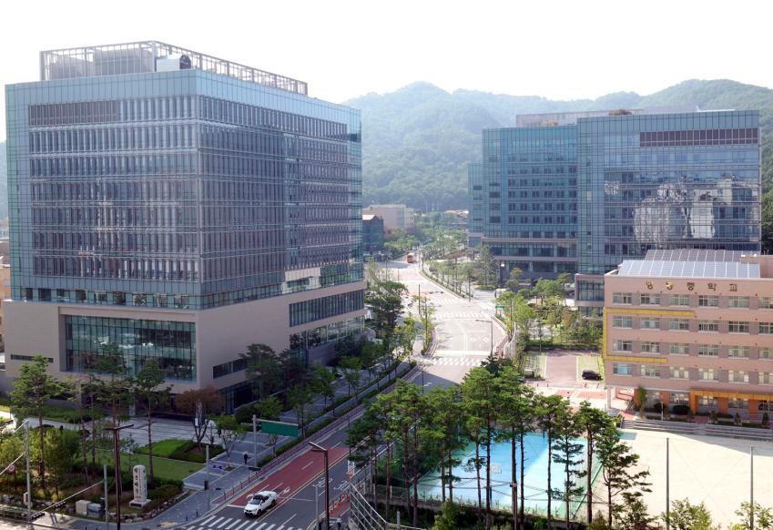 서울 서초구에 위치한 '삼성 서울 R&D 캠퍼스' 사진