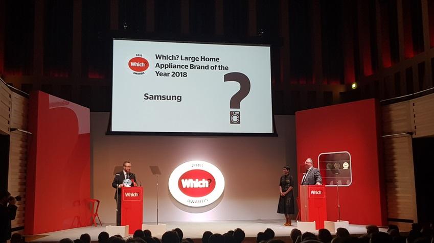 삼성전자가 영국 런던에서 개최된 영국 소비자연맹지 '위치(Which)'지 주관 '위치 어워드(Which Awards) 2018'에서 '올해 최고의 대형가전 브랜드(Large Appliance Brand of the Year)로 선정됐다.
