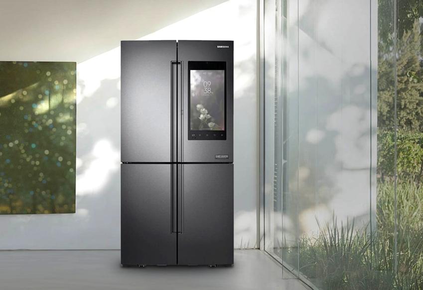 패밀리허브 냉장고의 '커버스크린' 화면