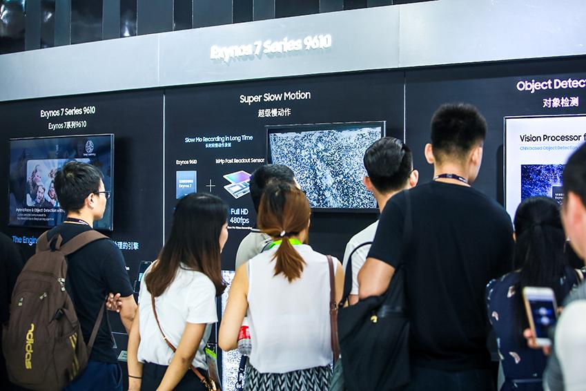 ▲ '엑시노스 7(9610)'은 카메라와 멀티미디어 기능 활용에 포커싱된 스마트폰 트렌드에 맞춰 딥러닝과 이미지처리 기능을 강화했다