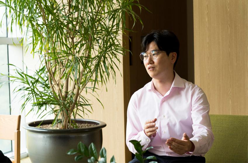 삼투솔을 운영하는 윤치웅(삼성전자 사회공헌사무국)씨