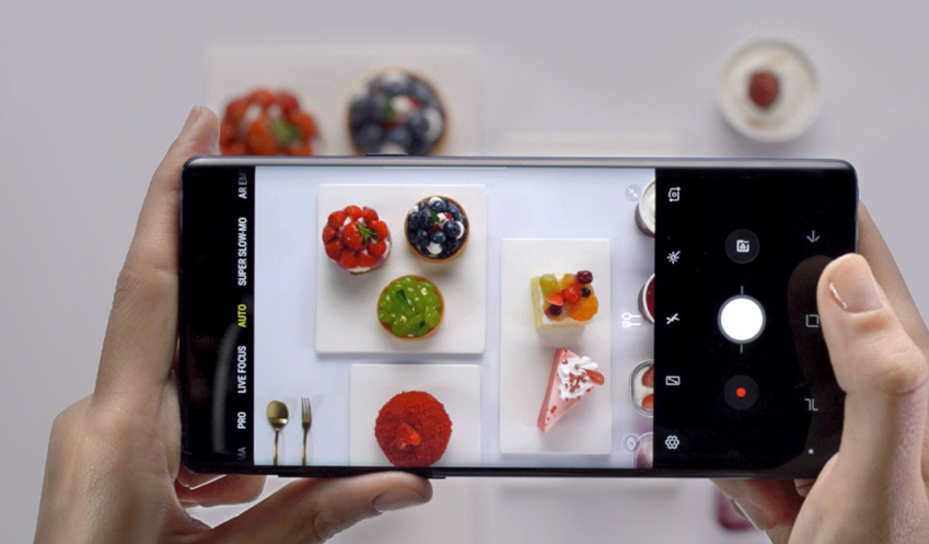 과일, 케익 등 다양한 디저트를 찍는 갤럭시 노트9
