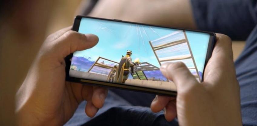스마트폰으로 게임 즐기기