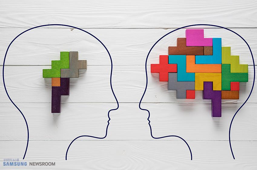 마주 보고 있는 두 사람의 머리 그림 두 명의 머리 안에는 테트리스 블록이 들어 있다