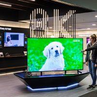 삼성 'QLED 8K' TV, 영국에서 인기몰이