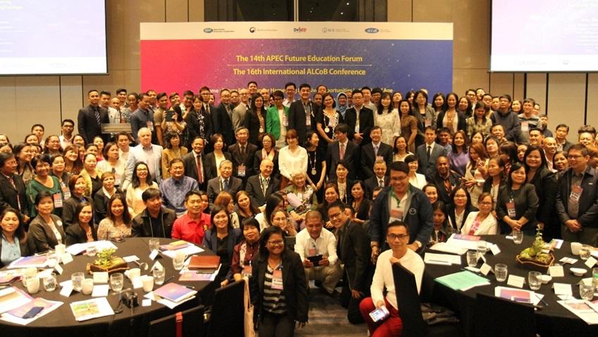 ▲이번 포럼은 아시아•태평양 지역 14개국에서 온 교육 전문가 250여 명이 뿜어내는 에너지로 시종 열정적이고 화기애애한 분위기에서 치러졌다