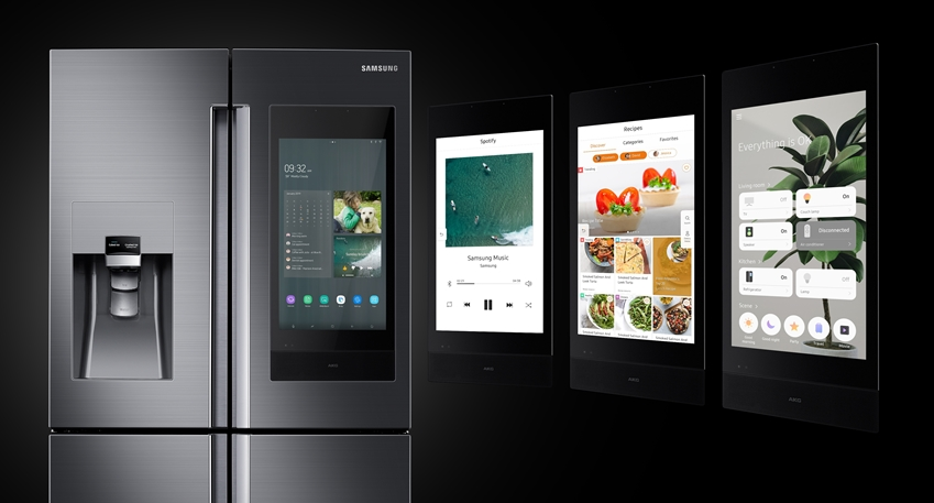 삼성전자가 미국 라스베이거스에서 열리는 세계 최대 전자 전시회 CES 2019에서 4년 연속 CES 혁신상을 수상한 2019년형 '패밀리허브' 냉장고 신제품을 공개했다.