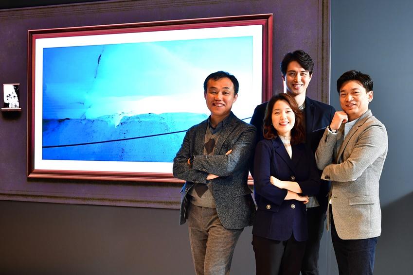 ▲(왼쪽부터 시계방향) 최용훈 전무, 윤상운, 구승완, 최유진 씨