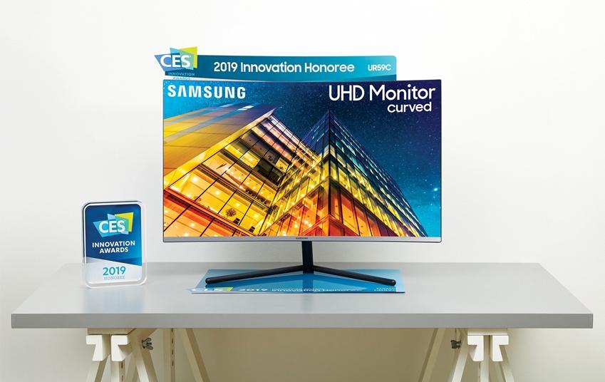 삼성 UHD 커브드 모니터 32형 'UR59C' 제품 이미지.