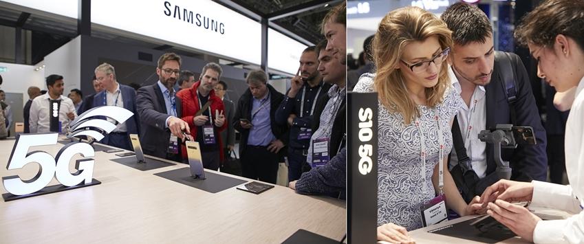 ▲ 참관객들이 삼성전자 부스에서 갤럭시 S10 5G 제품을 체험해보고 있다.