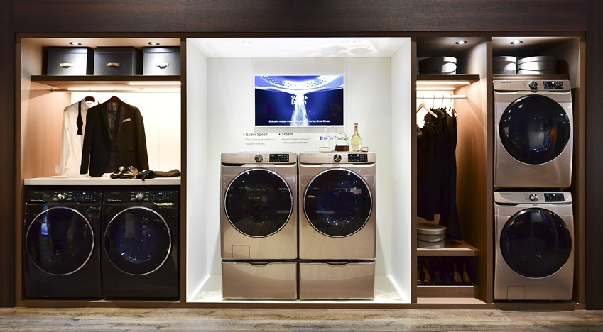 KBIS 현장의 삼성 드럼 세탁기