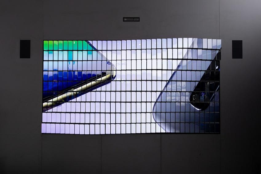 ▲ 업계를 선도하는 삼성전자 스마트폰의 혁신을 상징적으로 보여주고 있는 MWC19 전시 모습.