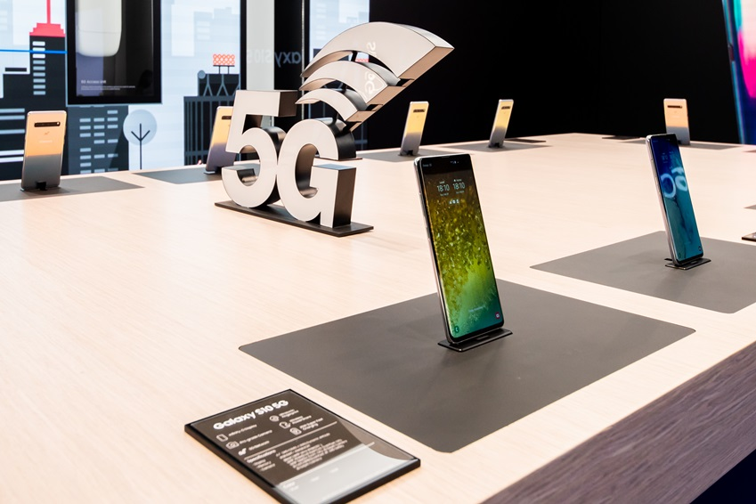 ▲ 삼성전자는 MWC19에서 '갤럭시 S10 5G' 제품을 필두로, 5G가 가져올 변화를 다채롭게 시연하고 있다.