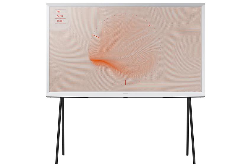 '더 세리프'는 2016년 프랑스 출신의 세계적인 가구 디자이너 로낭&에르완 부홀렉(Ronan & Erwan Bouroullec) 형제가 참여해 탄생한 제품으로 심미적 가치에 중점을 둔 TV 제품이다.