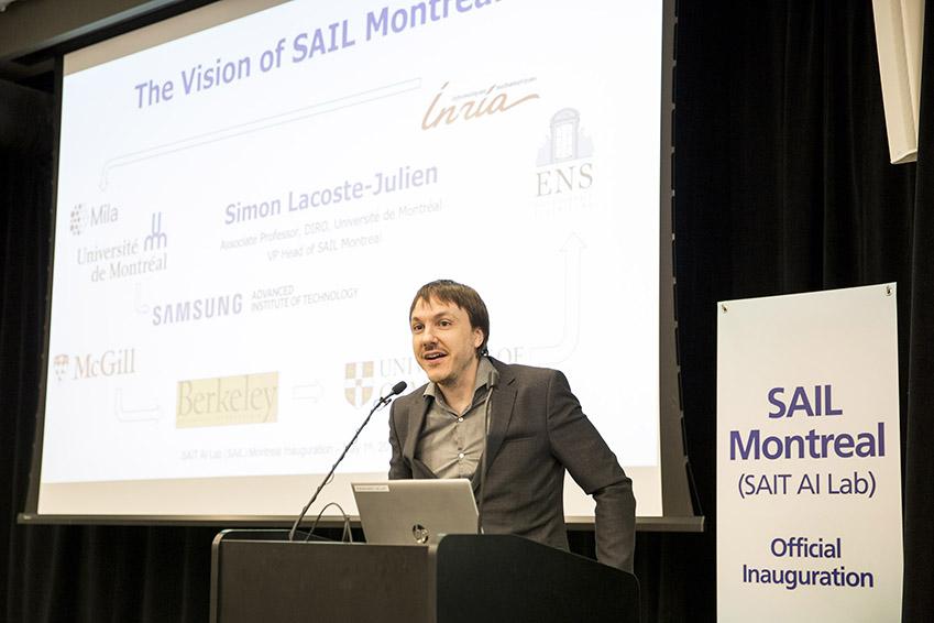 삼성전자 종합기술원 몬트리올 AI 랩 개소 현장. 5월1일(현지시간) 열린 삼성전자 종합기술원 몬트리올 AI 랩 확장이전 행사에서 사이몬 라코스테 줄리앙(Simon Lacoste-Julien, 몬트리올大) 랩장이 환영사를 하고있다.