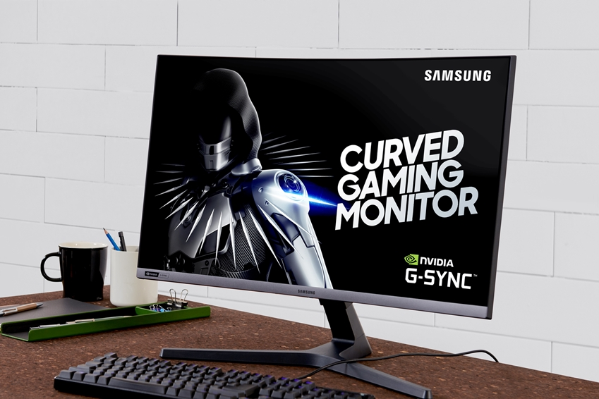 삼성전자 27형 커브드 게이밍 모니터 CRG5 제품 사진