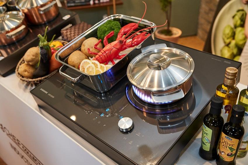 인덕션 쿠킹클래스 요리 재료와 냄비