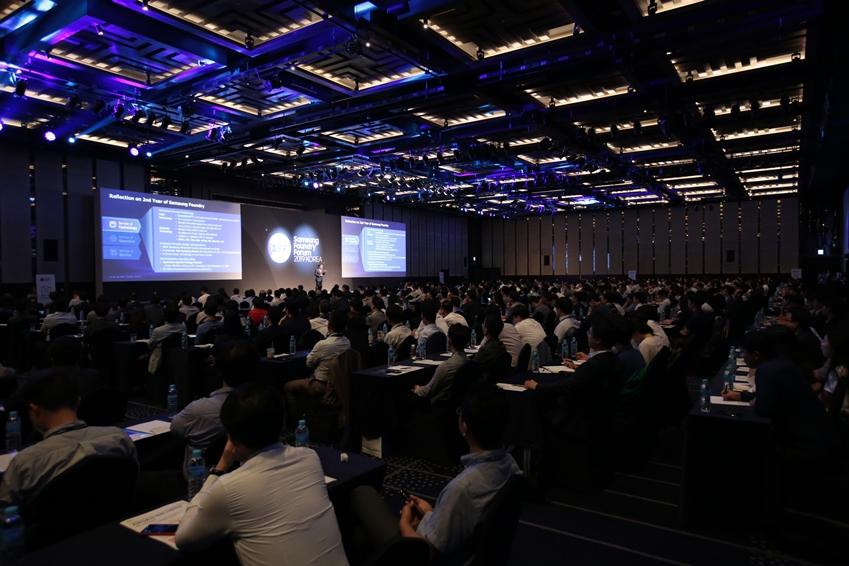 삼성전자가 3일 서울 그랜드 인터컨티넨탈 파르나스 호텔에서 '삼성파운드리 포럼 2019 코리아' 행사를 열고 고객과 파트너들에게 다양한 파운드리 솔루션을 선보였다.