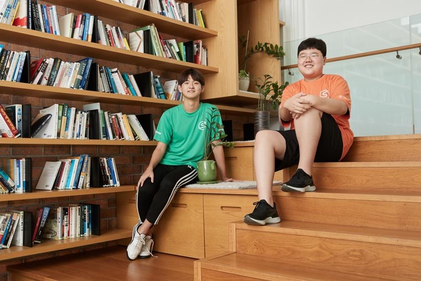 손동민(대구 호산고 1학년) 군과 윤준서(경기 청계중 3학년) 군