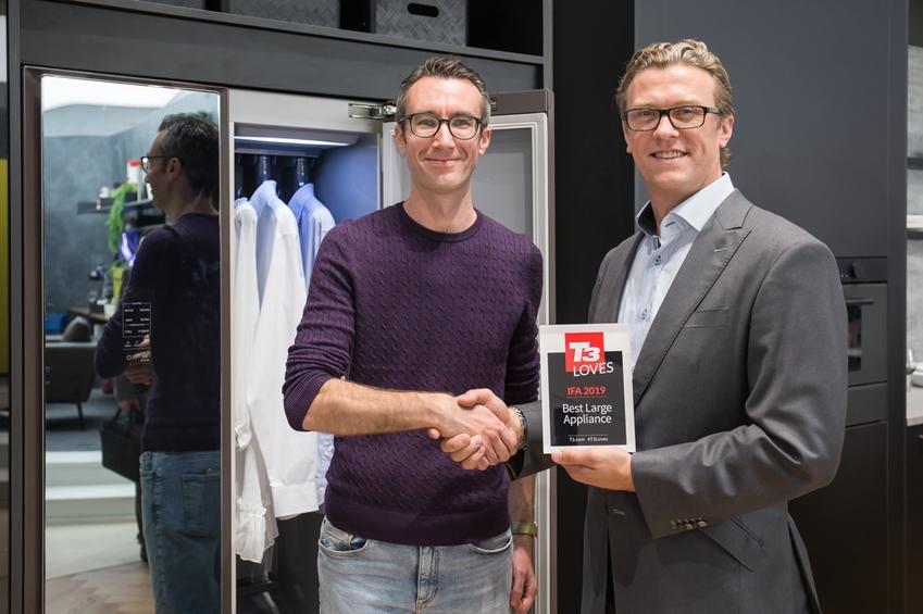 독일 베를린에서 9월 11일까지 열리는 유럽 최대 가전 전시회 'IFA 2019'에서 삼성전자 에어드레서가 영국 유명 전문 리뷰매체 'T3'가 선정한 'IFA 2019 최고 대형가전'에 선정되었다.