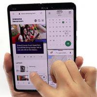 [영상] 큰 화면 '압도'-동시에 여러 앱도 '거뜬', 직접 펼쳐본 '갤럭시 폴드 5G'