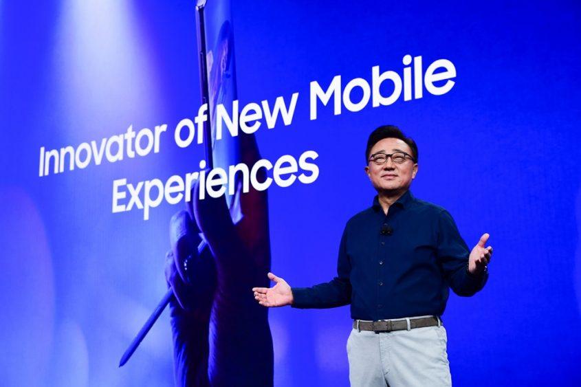 10월 29일(현지시간) 미국 캘리포니아주 새너제이 컨벤션 센터에서 진행된 '삼성 개발자 콘퍼런스 2019'에서 삼성전자 IM부문장 고동진 사장이 기조 연설을 하고 있다.