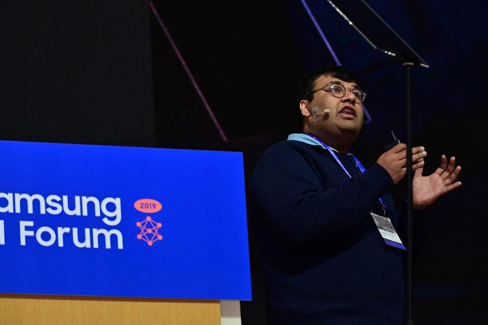 두 번째 기조 강연에 나선 미국 카네기 멜론 대학교(CMU) 압히나브 굽타(Abhinav Gupta) 교수