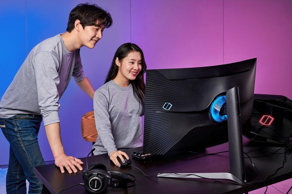 삼성전자 업계 최초 1000R 곡률 게이밍 모니터 오디세이 G7 국내 출시(3)