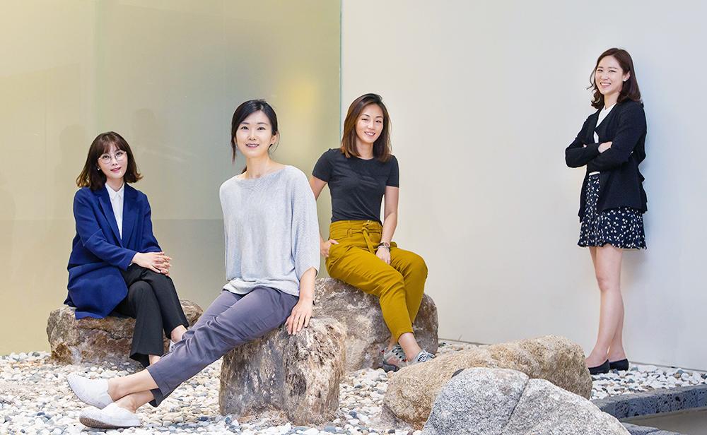 ▲ (왼쪽부터) 삼성전자 생활가전사업부 디자인팀 김인희·김미나·최미도·황지원 디자이너