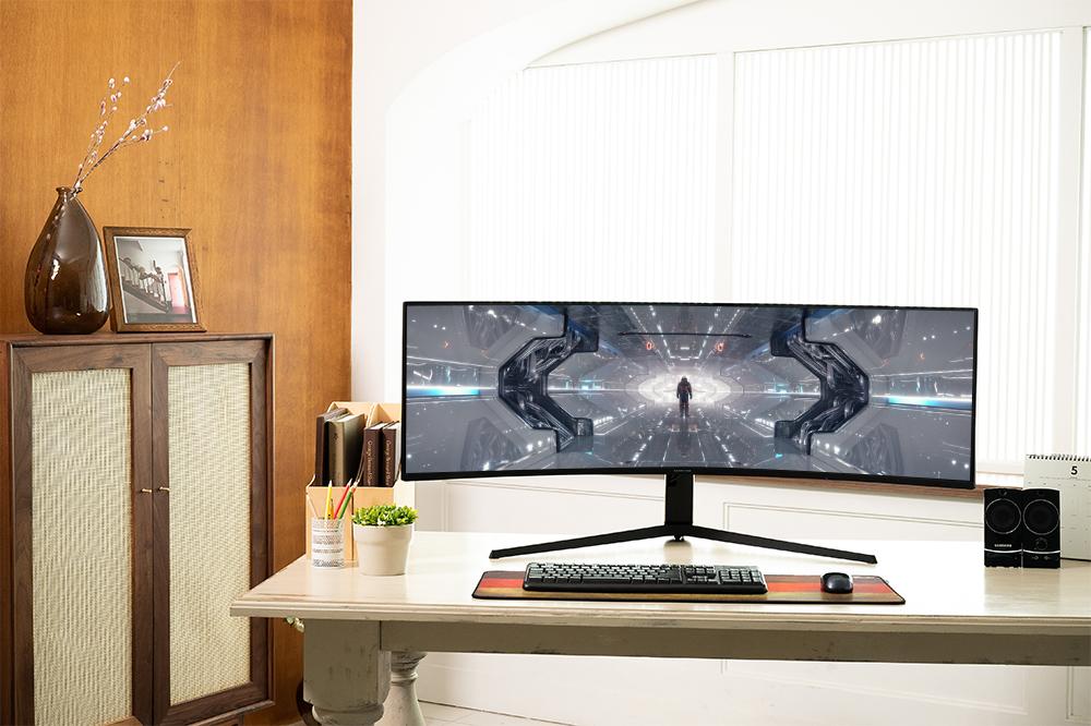 미래형 게이밍 모니터 G9
