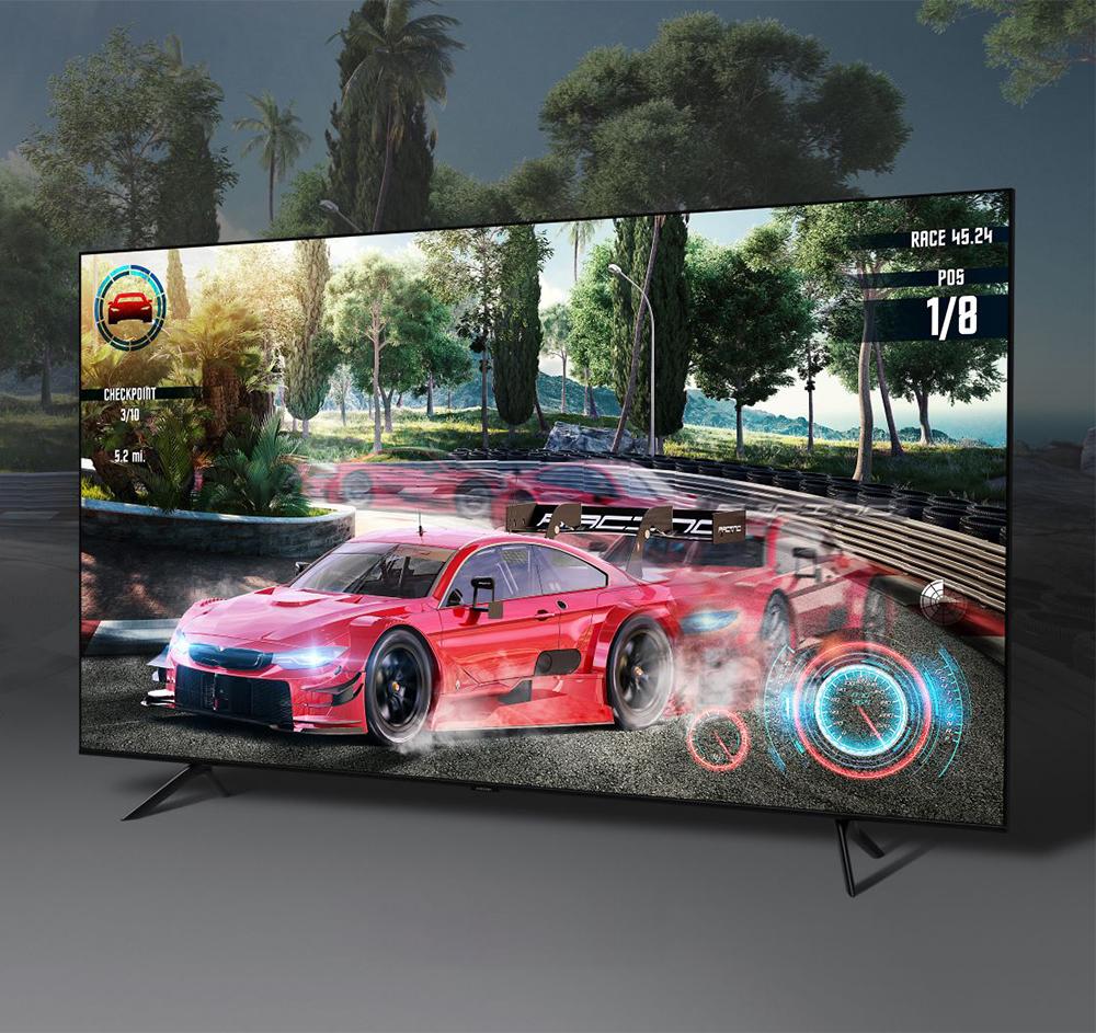 QLED TV 속 레이싱 게임 모습