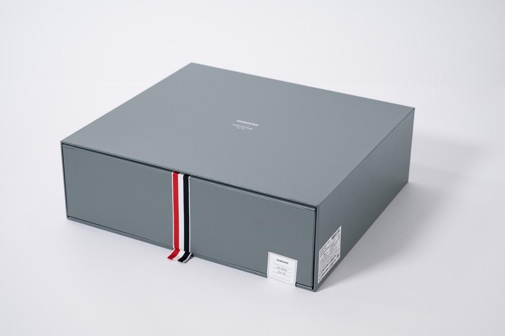 갤럭시 Z 폴드2 톰브라운 에디션 패키지 박스