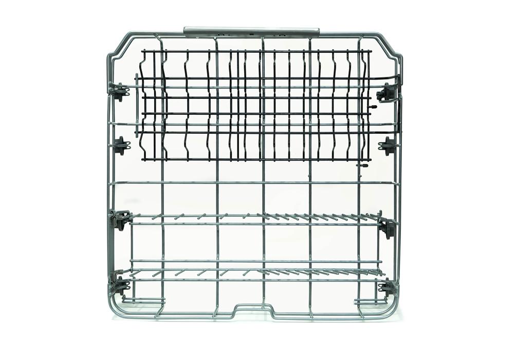 ▲ 비스포크 식기세척기 하단 선반. 접시꽂이의 간격에 차이를 두어 다양한 두께의 접시를 꽂기에 용이하도록 설계됐다.