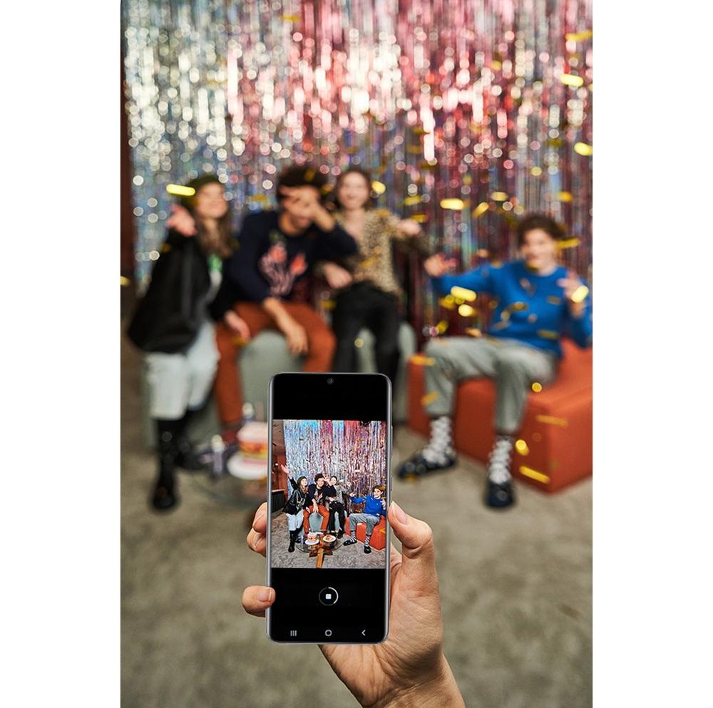 '갤럭시 S20' 스마트폰에 원 UI 3.1이 업데이트된 모습