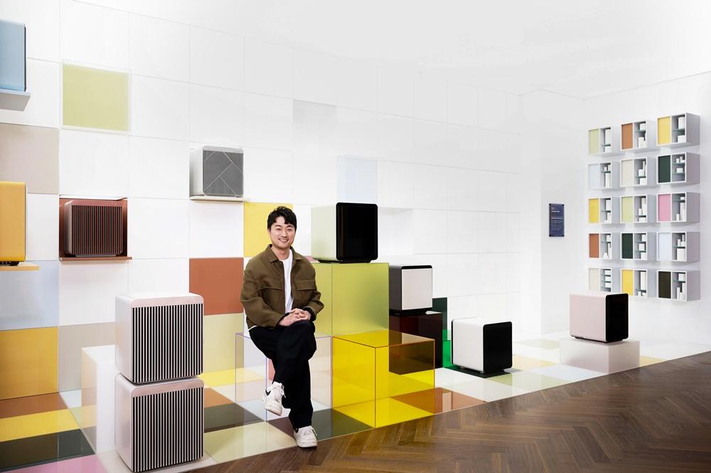 삼성디지털프라자 강남본점 5층 라이프스타일 쇼룸에서는 공간·가구 디자이너인 장호석, 문승지, 전산, 박원민 씨가 비스포크 홈 제품을 활용해 각자의 작품 세계를 펼친 전시도 감상할 수 있다.