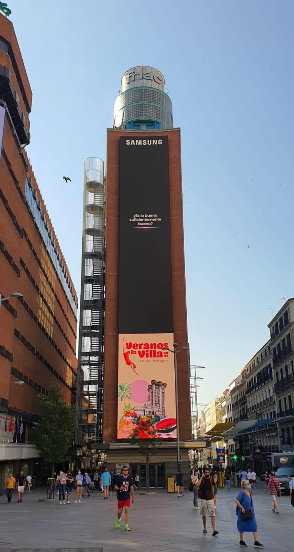 삼성 갤럭시 언팩 2021 옥외광고_스페인 마드리드 까야오 광장